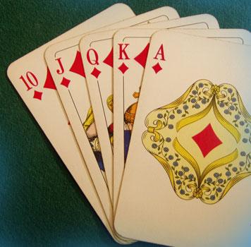 масти в карточных гаданиях